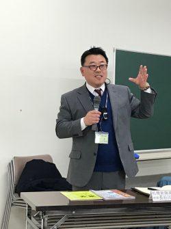 新陽高校の長谷川教頭講演